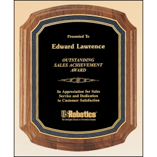 P3160 Solid American walnut plaque with a black florentine border and black textured center.