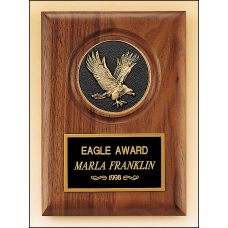 P3168 American walnut plaque with a finely detailed black and gold eagle medallion.